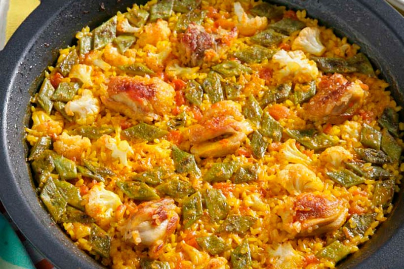 Chicken Paella in a electric paella pan